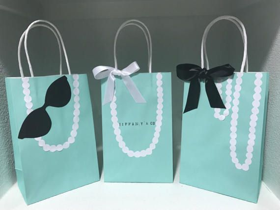 2daedf340b Tiffany & Co. or Breafast At Tiffanys Theme Party Bags. Perfect for a  Tiffany and Co. or Breakfast at Tiffanys themed party or baby shower.