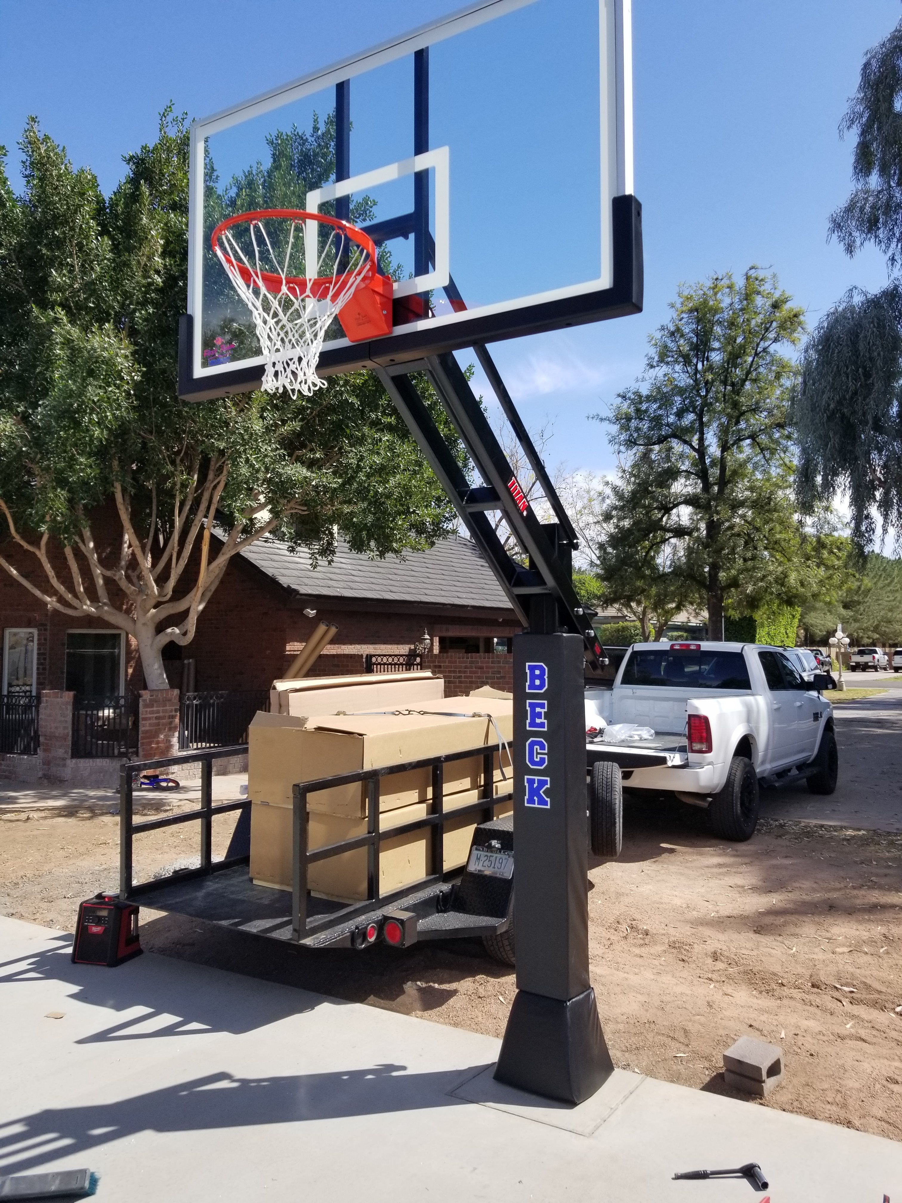 Titan Arena Manufactured By First Team Sports In Hutchinson Ks Rim Height Is Adjustable Fr Basketball Goals In Ground Basketball Goal Basketball Backboard