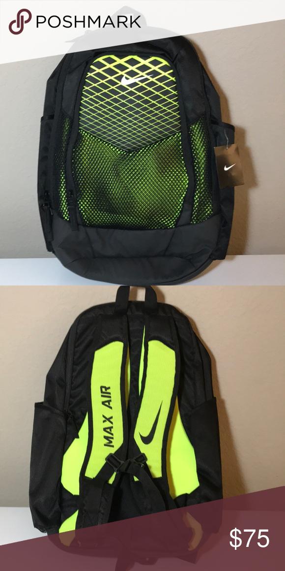 Nike Max Air Backpack NWT in 2018   My Posh Picks   Pinterest   Nike ... a62edee36a
