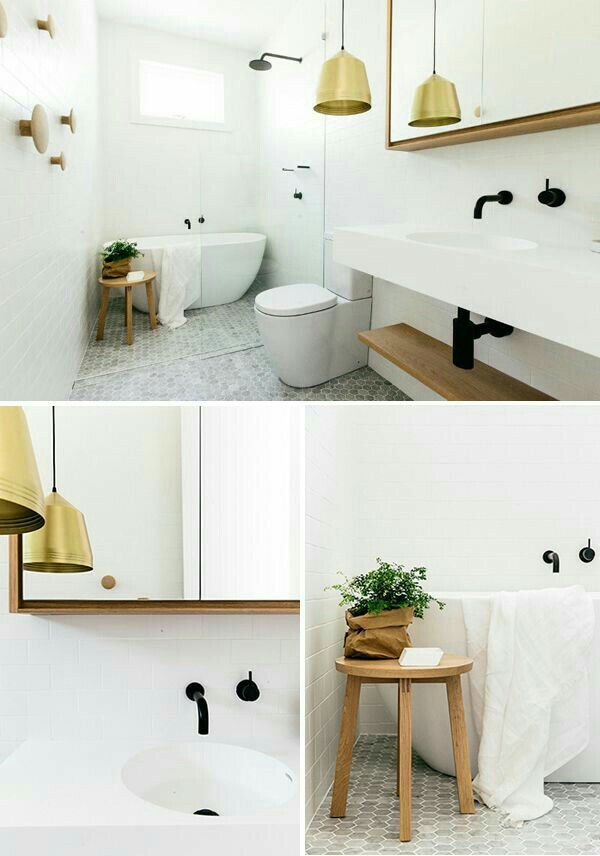 Salle de bain blanche sol mosaïque gris clair touche de bois