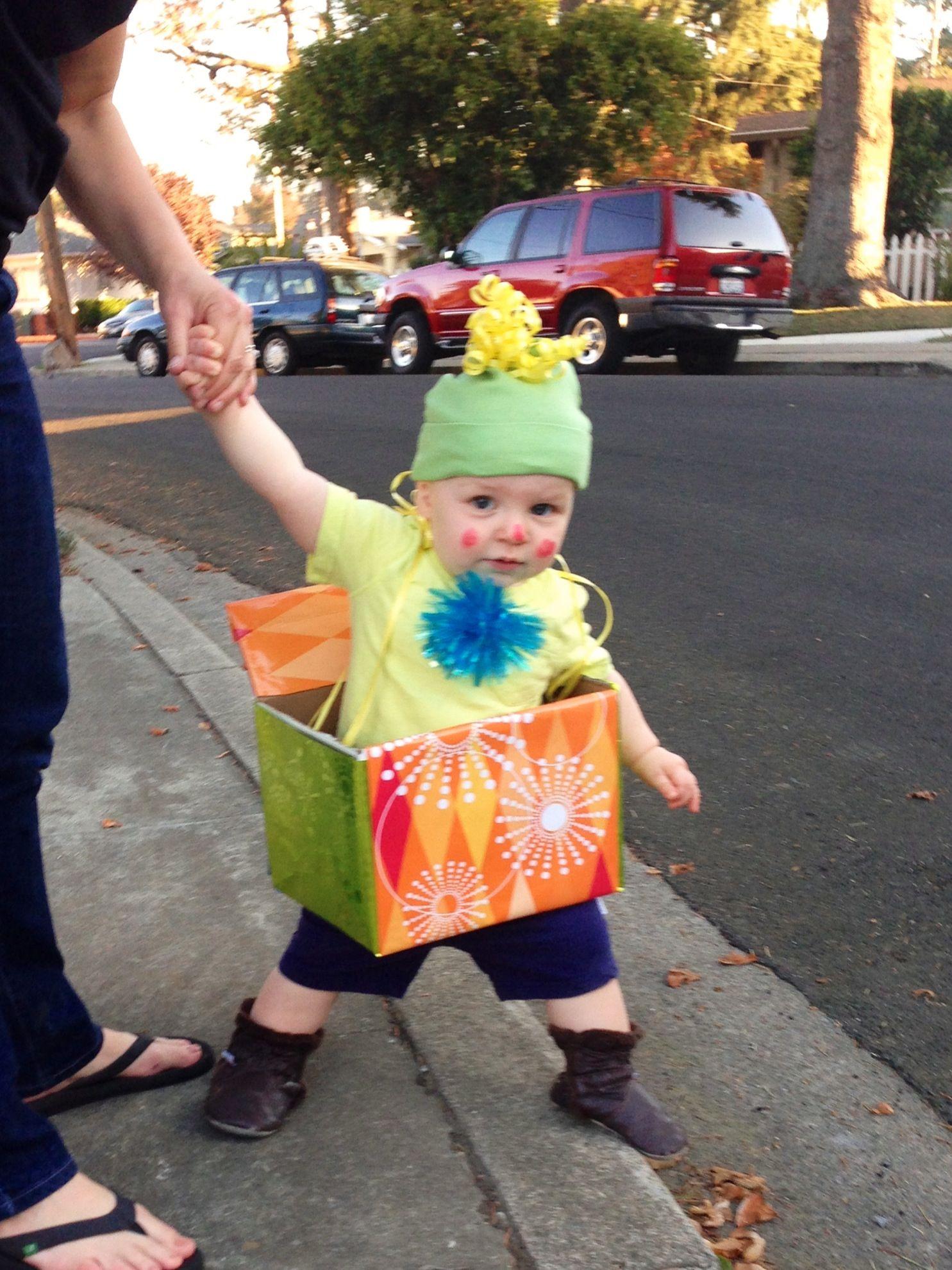 Halloween costume, Jack in the box, toddler costume, DIY