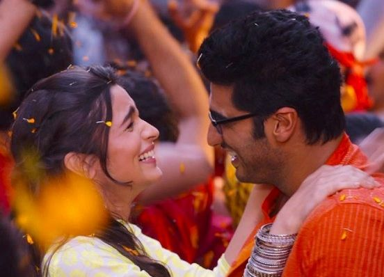 Hot Wallpapers Of Two States Movie Hd Pictures Of Alia Bhatt And