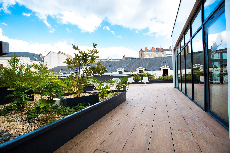 AQUATONIC NANTES - TERRASSE - Architecture intérieure réalisée par LABEL ETUDES en collaboration avec les agences d'architecture ENET DOLOWY et SUR UN PONT