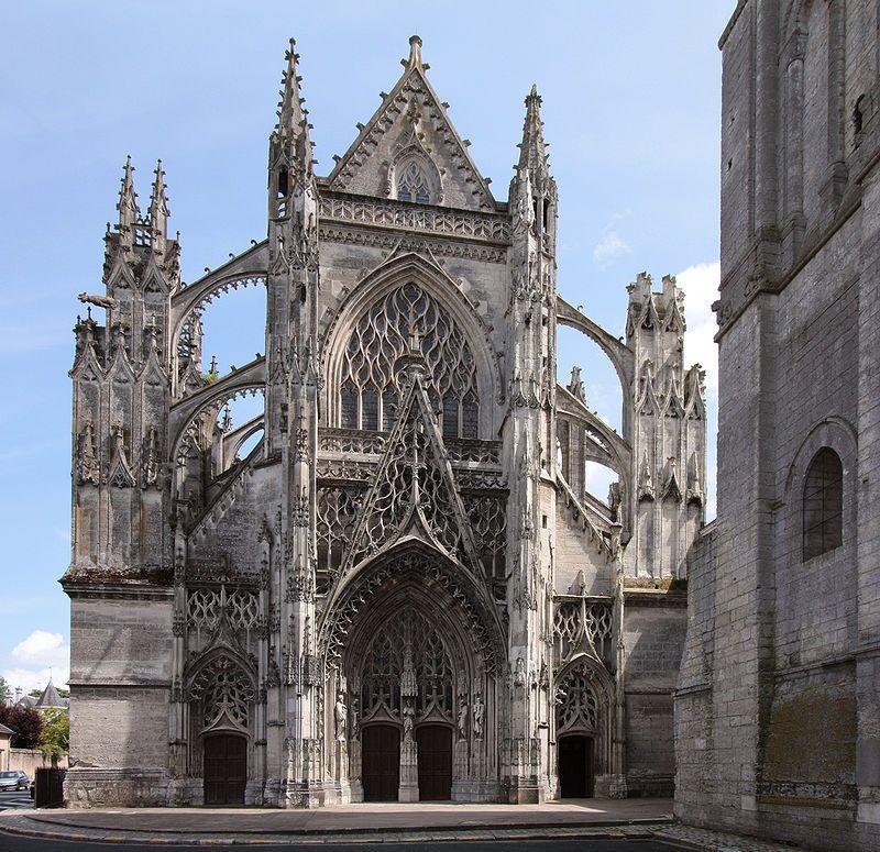 Spätgotischer Flamboyantstil der Abteikirche in Vendôme in Frankreich