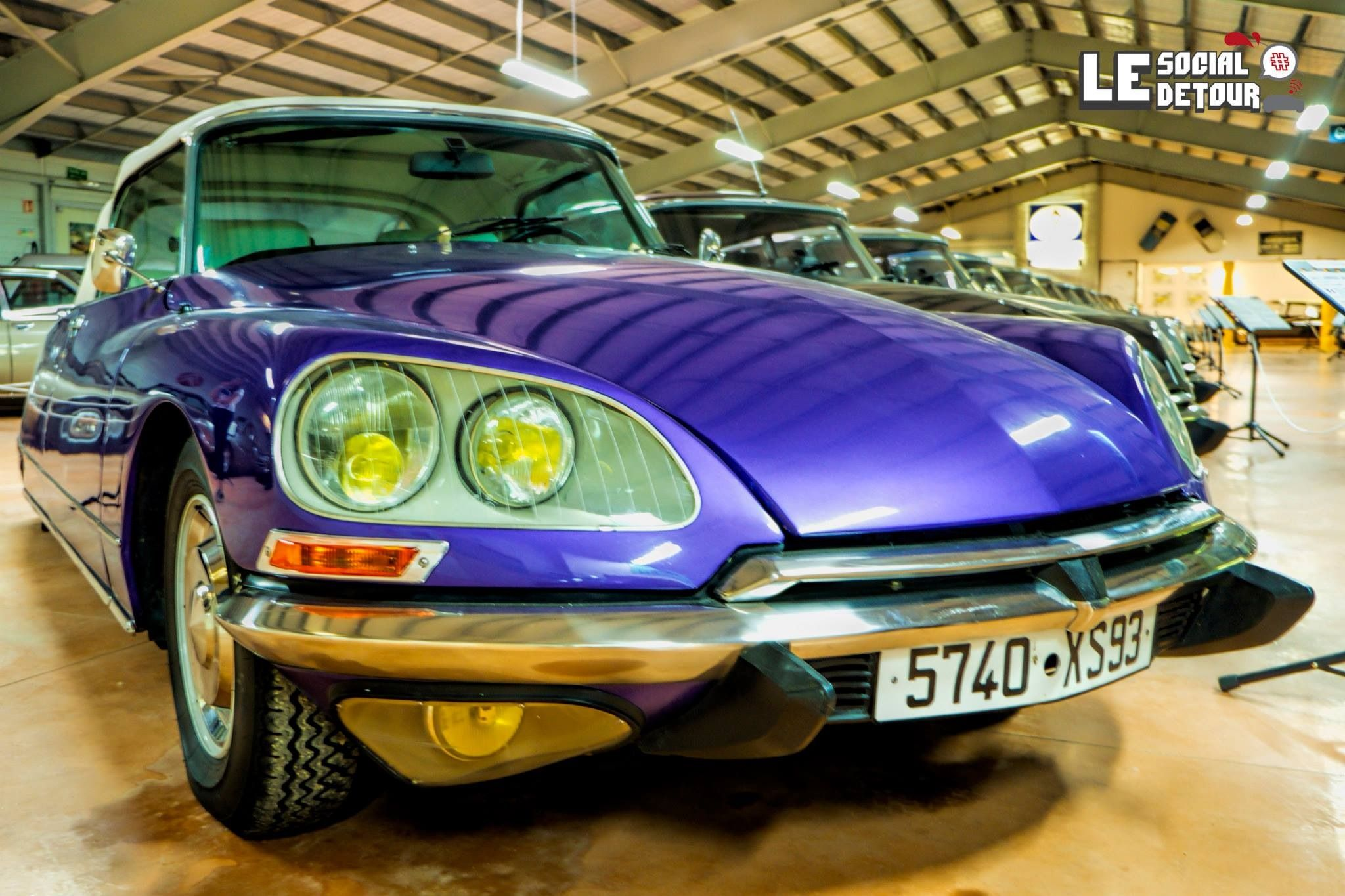 Citroën DS saying hello at the Citromuseum in Castellane, France. Spotted on #LeSocialDetour!
