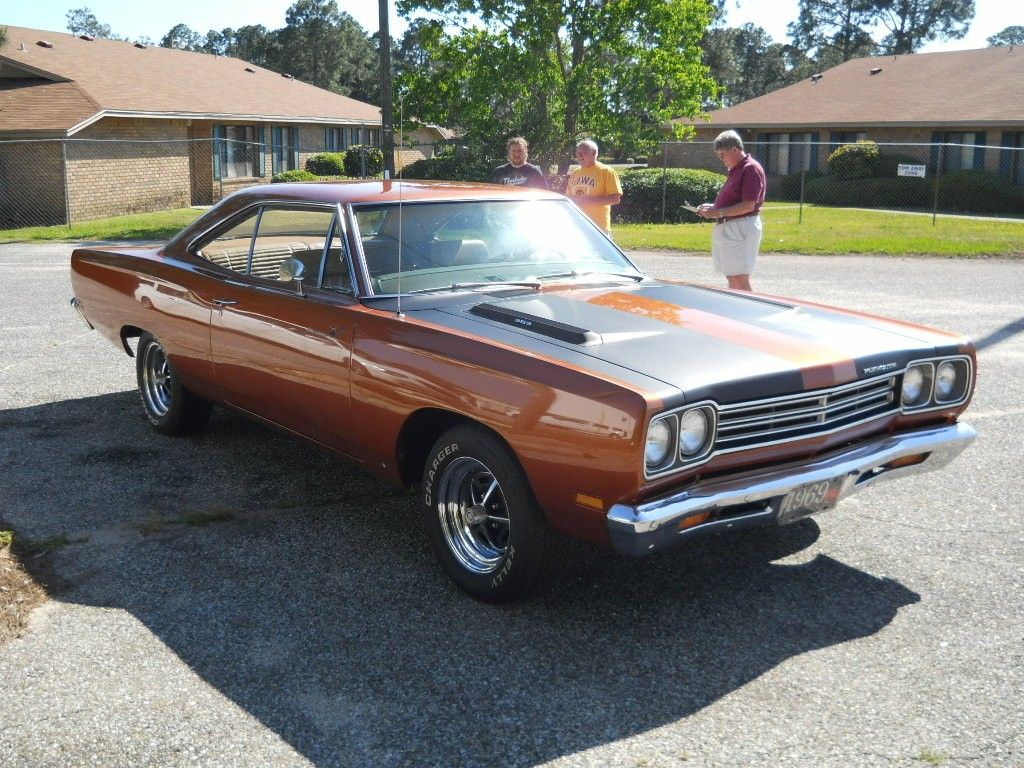 1969 Plymouth Road Runner   American Muscle Cars 1968-71