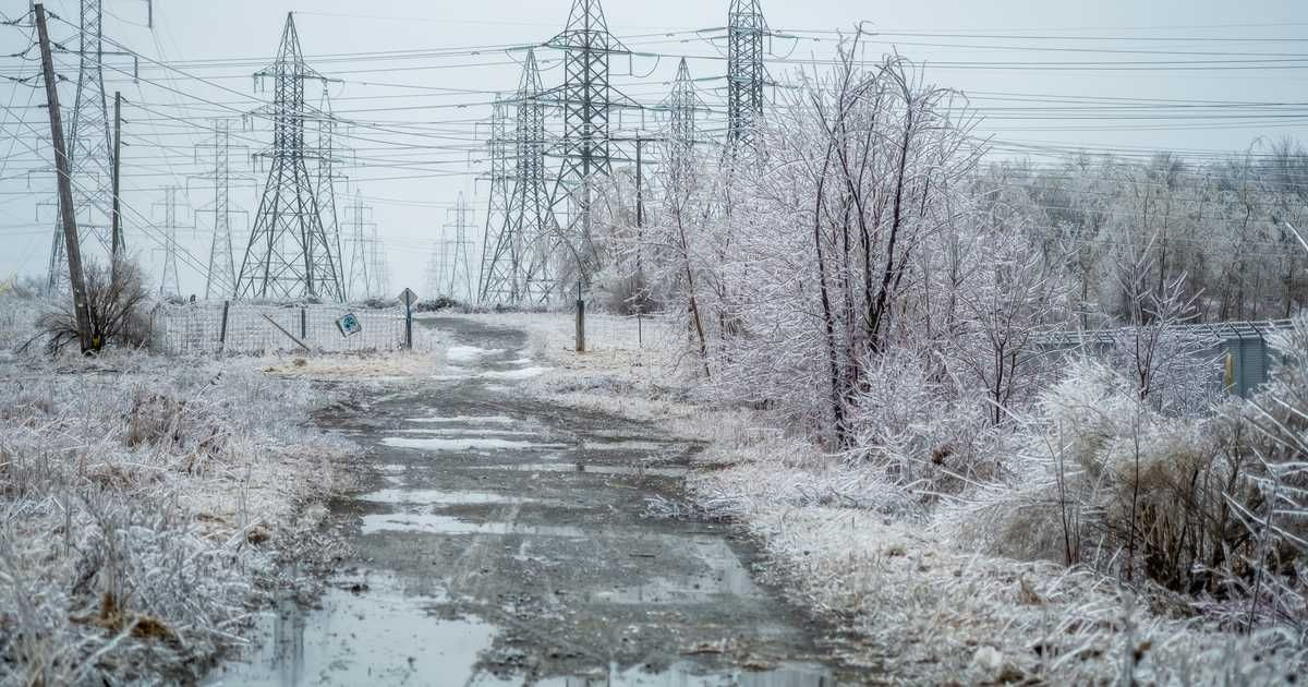 Environment Canada Issues Freezing Rain Warning As Ice Storm Moves