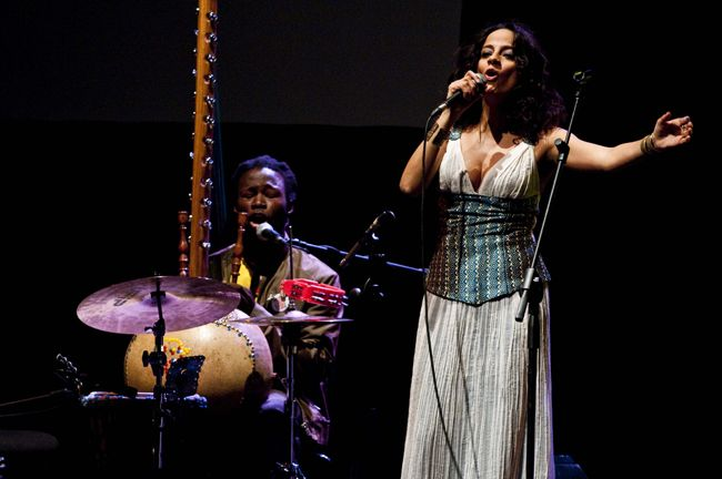 Pescara Concerti sotto le stelle: il 7 agosto Saba Anglana & Quintet Special Project