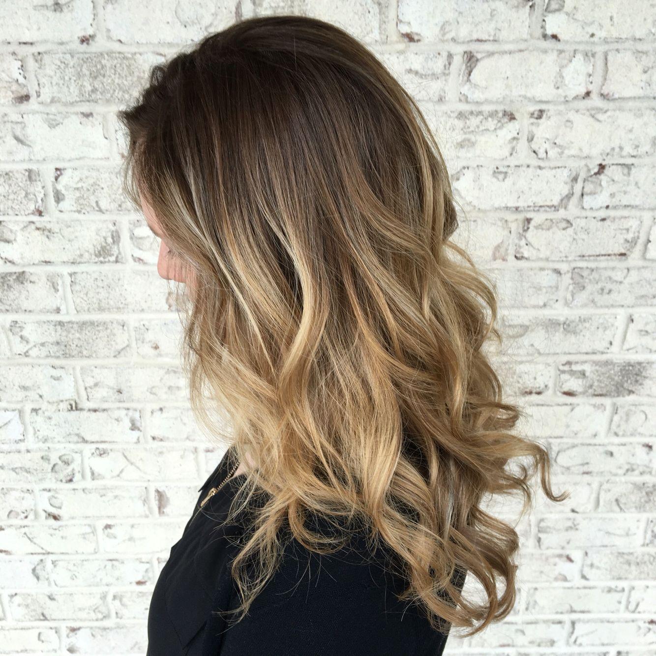Honey Blonde Balayage Blonde Balayage Baliage Hair Blonde Balayage Honey