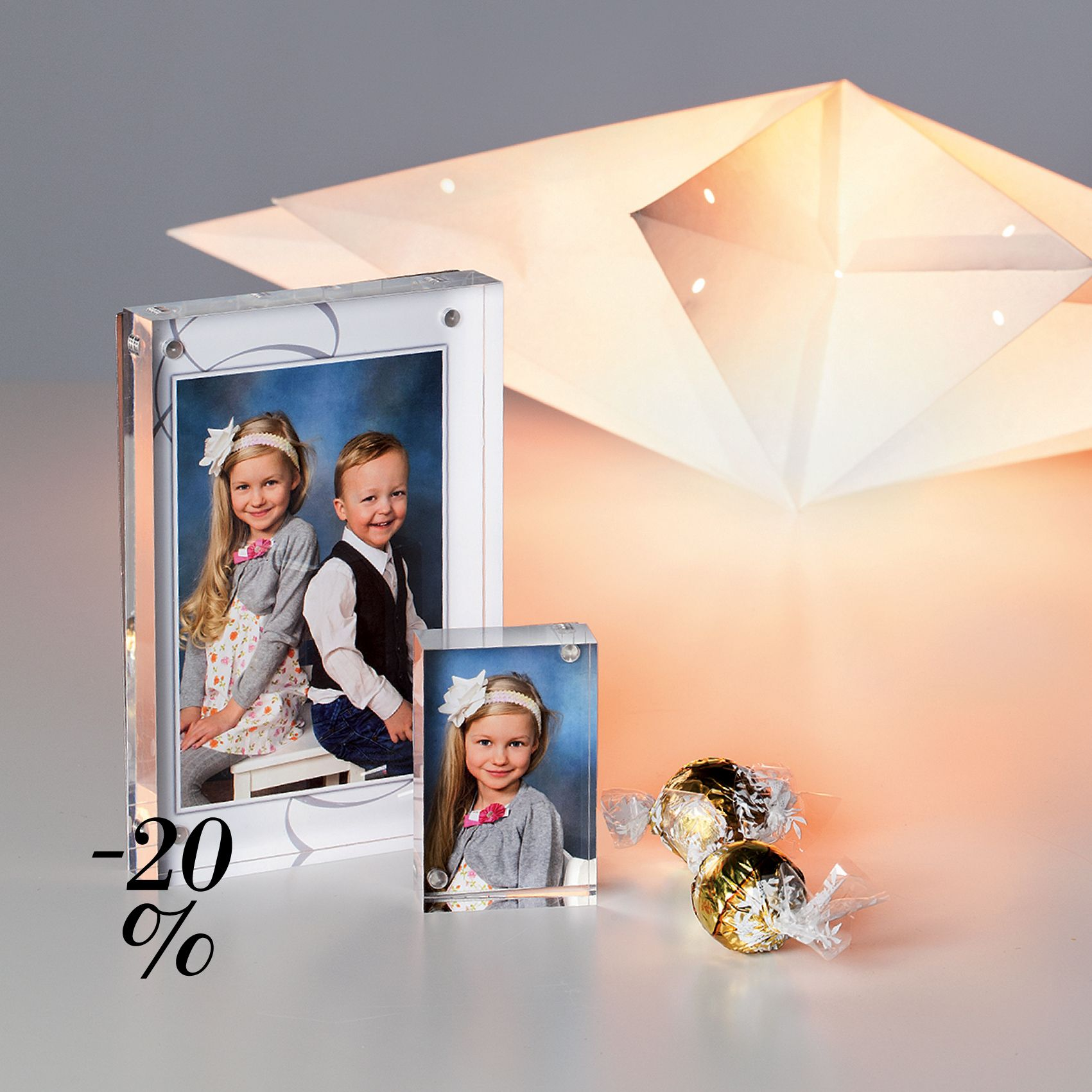 Loistava lahjavinkki. Upeat akryylitaulut nyt tarjoushintaan. | Alk. 12,50€ (ovh. 15,90€). Tarjous on voimassa 11.12.2015 asti. | www.kuvaverkko.fi | #akryylitaulu #taulu #ale #joulu #joululahja #lahjaidea #sisustusidea #somistus #tunnelma #koulukuva #valokuva #kuvatuote #clickandmix #kuvaverkko
