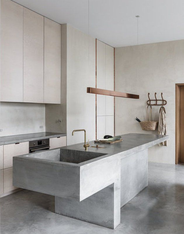 7 Minimalist Kitchen Sinks That Will Soothe Your Type-A Style