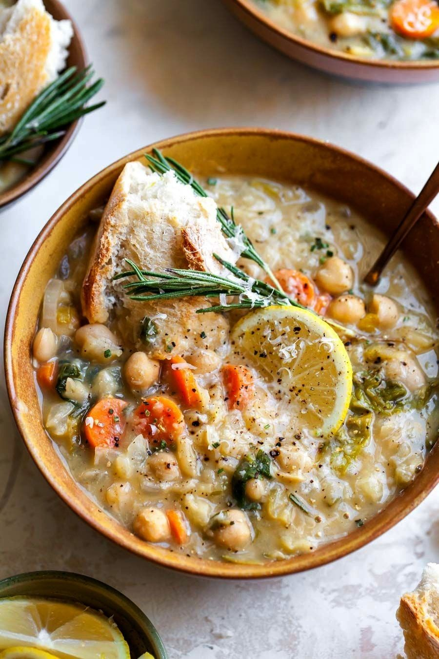White Bean and Lemon Soup is a vegetarian, fiber-filled meal ready in just 40 minutes. A one-pot me