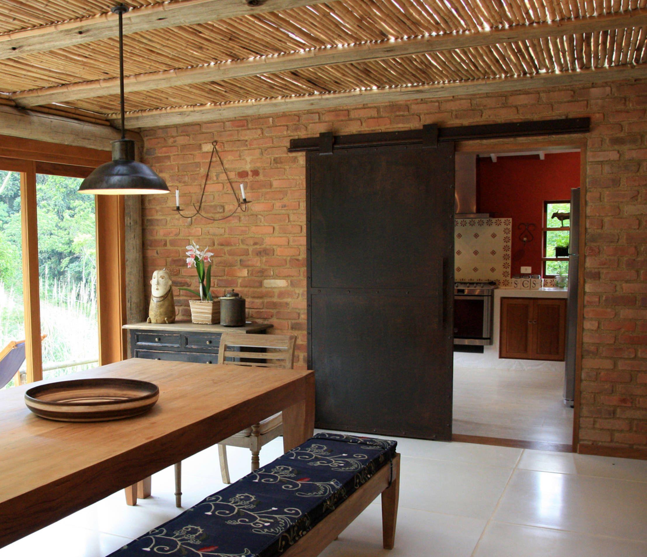 Casa rústica na serra carioca é perfeita para curtir o friozinho ...