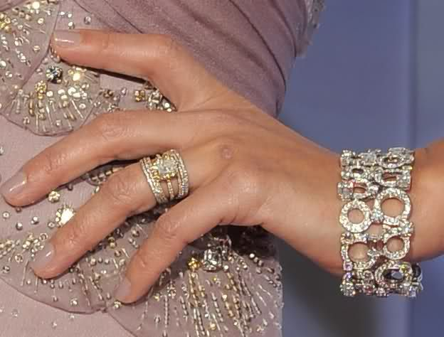 Bon Jessica Alba Wedding Ring.. LOVE IT!