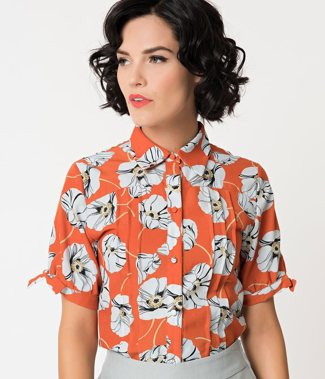 f6ed69c4ccfdb Orange   White Floral Button Up Short Sleeve Colvin Blouse in 2019 ...