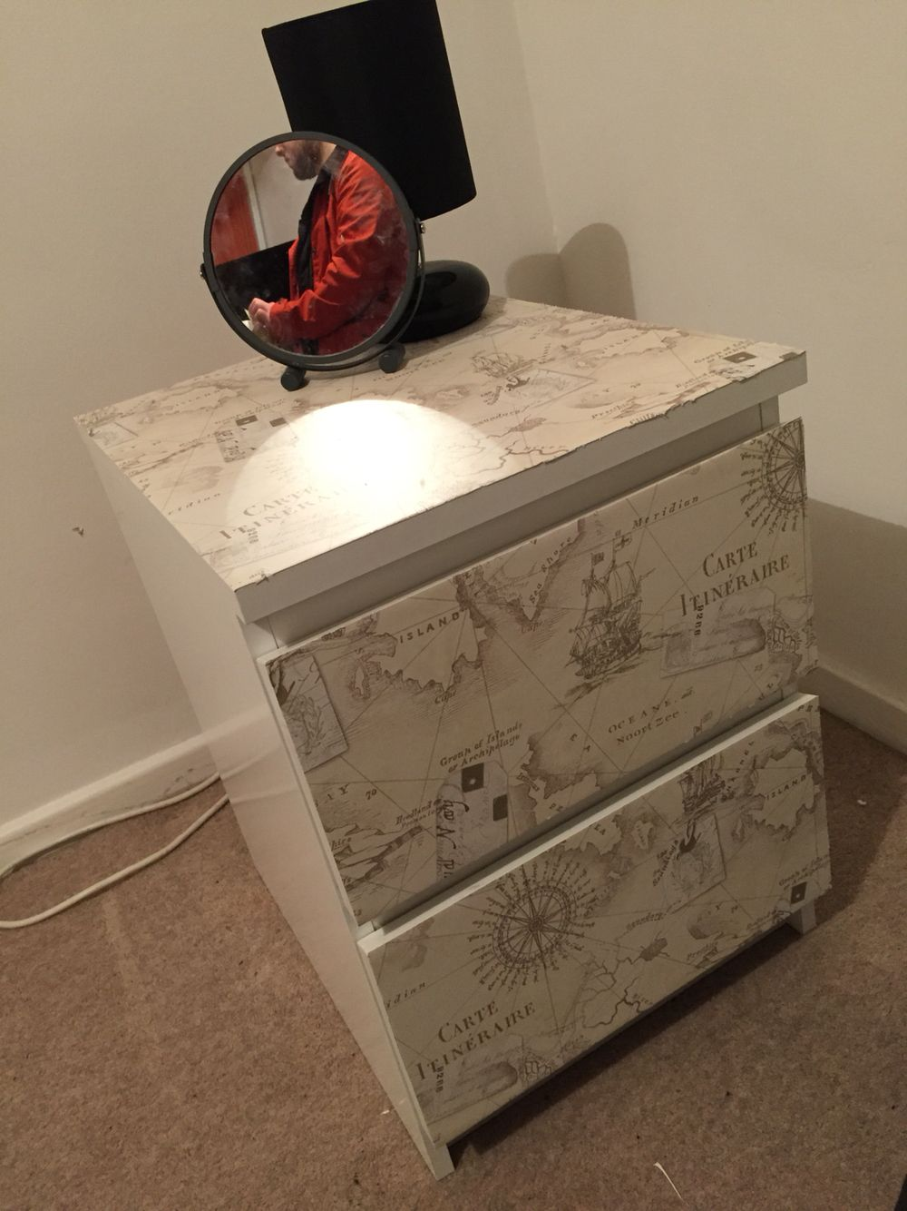 Quick And Easy Wallpaper Glue Spray And Stanley Blade Trash Can