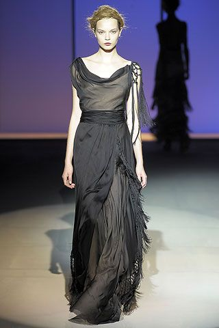 1920s Inspired Gowns in Alberta Ferretti Spring Summer 2009 Collection3.jpg