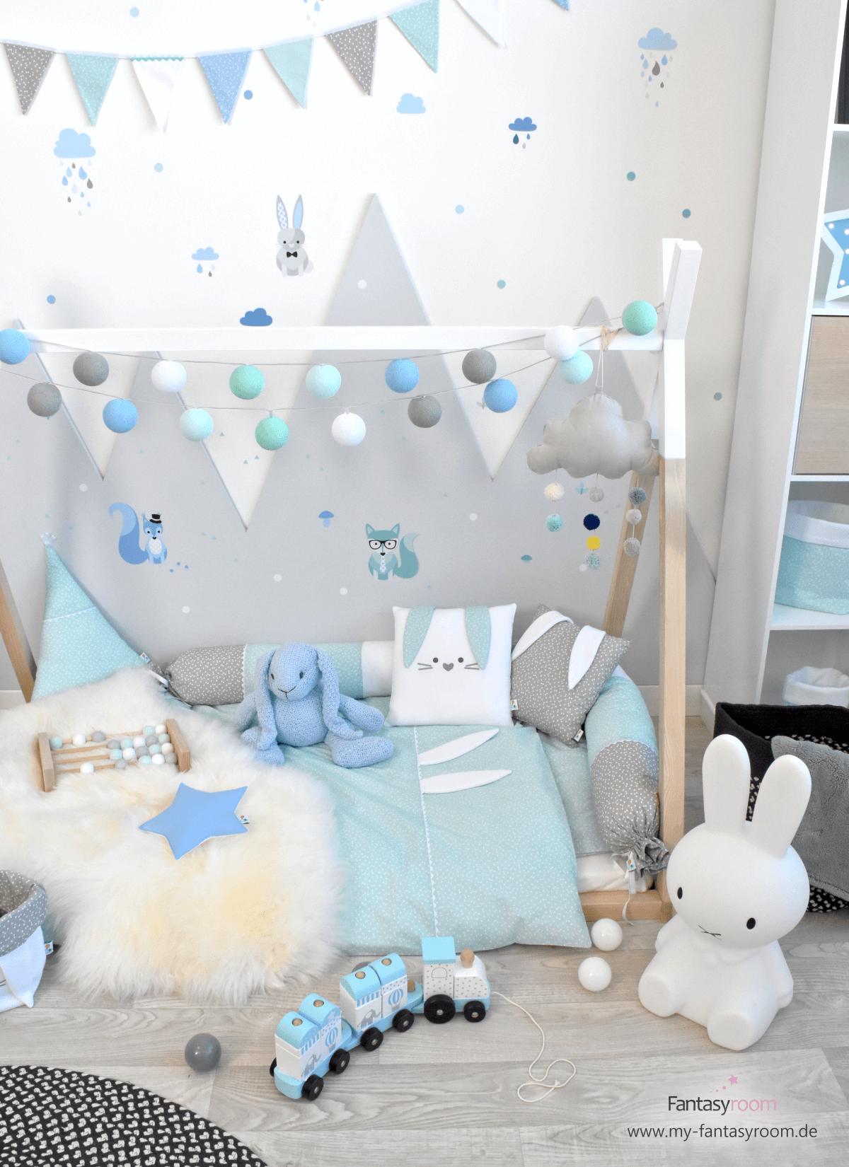 67275e4620 Fuchs, Hase, Eichhörnchen - die niedlichen Waldtiere sind eine zuckersüße  Wandgestaltung für das Kinderzimmer