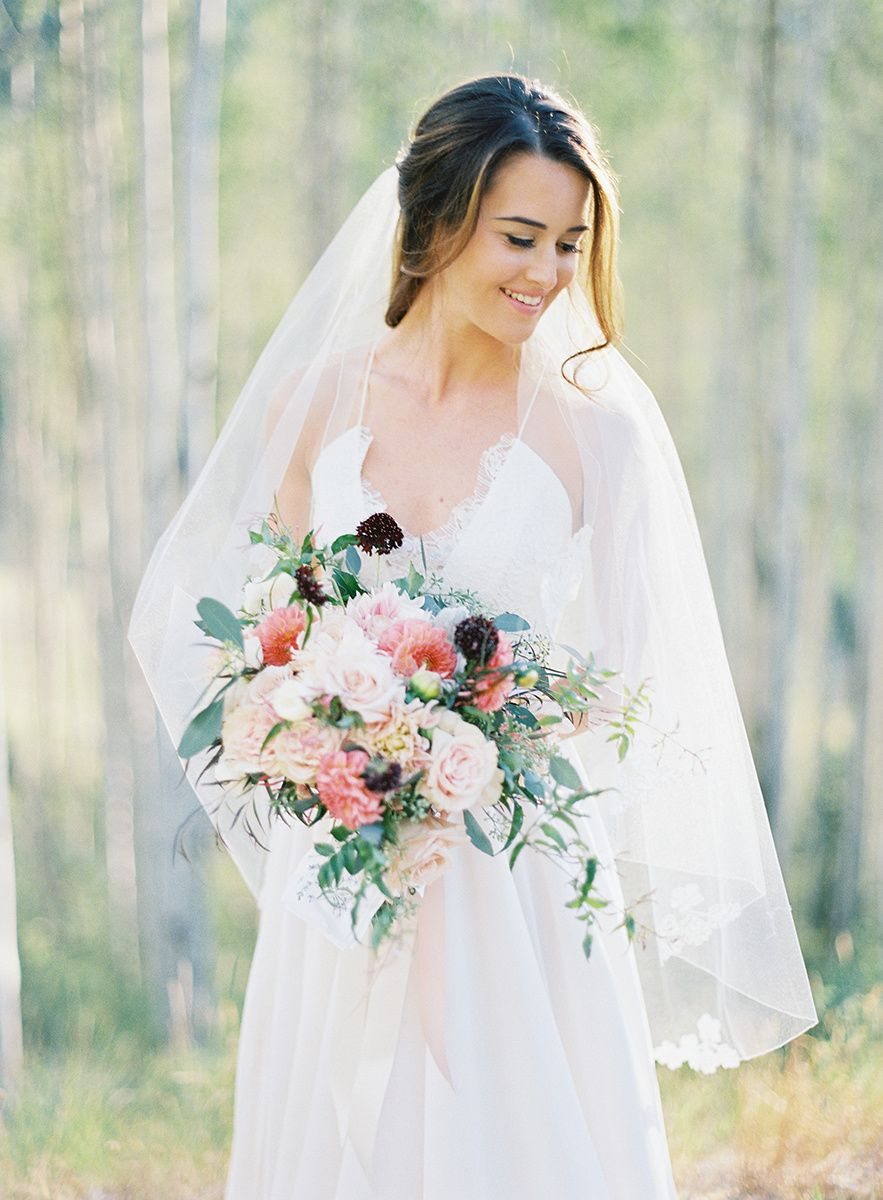 Romantic Summer Wedding At Allie S Cabin Romantic Wedding Style