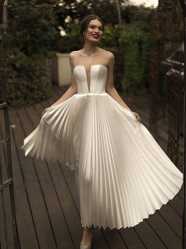 Wholesale Sexy V Neck Solid Color Pleated Strapless Dress NHA050935WI | Wholesal... 2