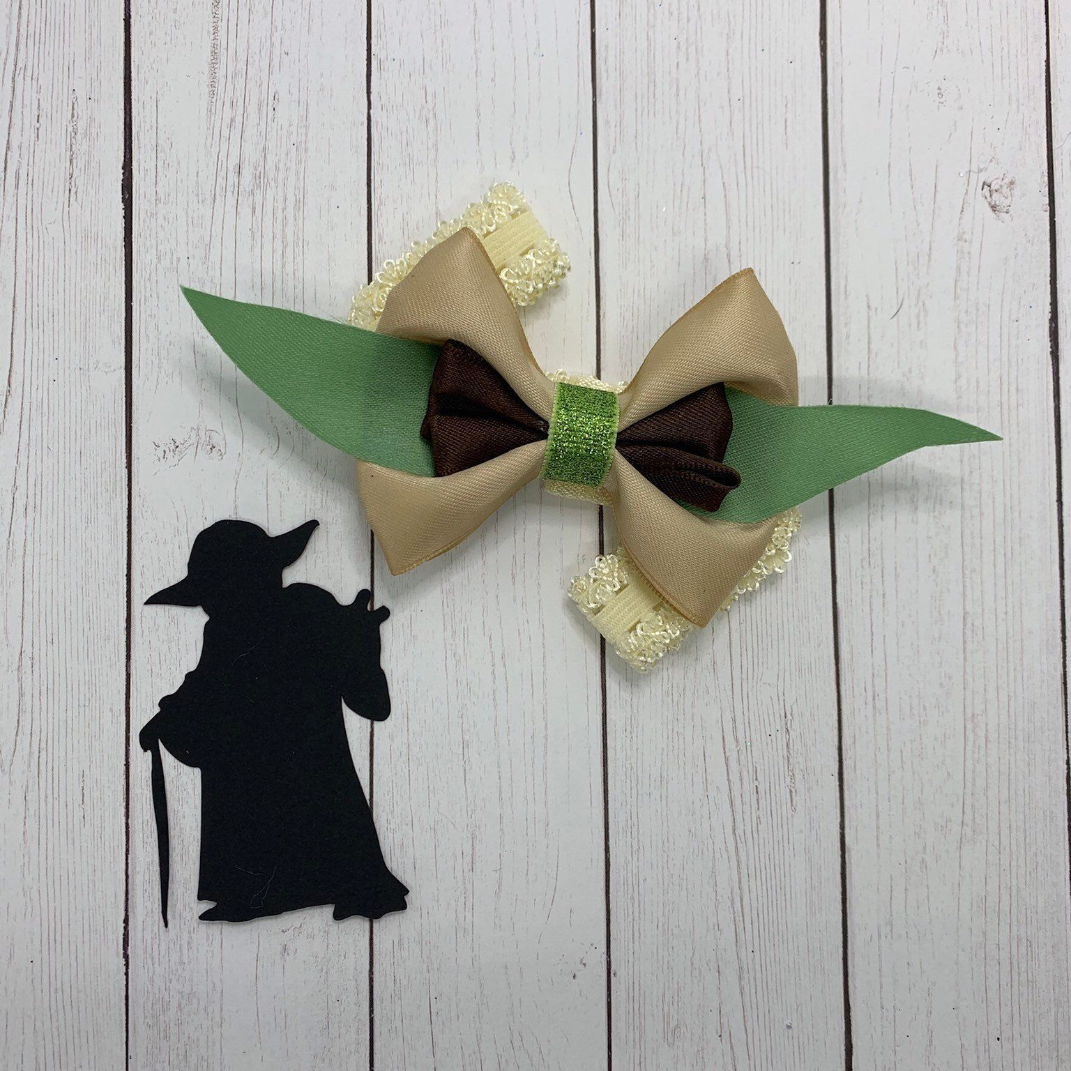 Star Wars Inspired Hairbow Baby Yoda inspired Hairbow Boutique style hairbow