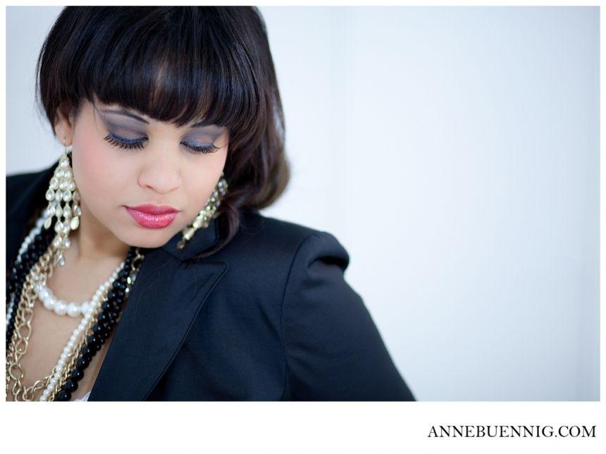 Miss T is so stunning! She rocked her boudoir shoot in Bergisch Gladbach! By Anne Bünnig www.annebuennig.com