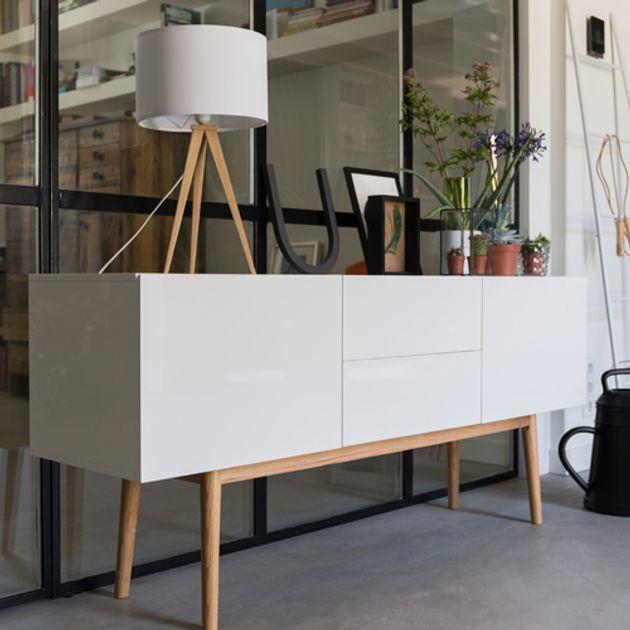 Enfilade en bois blanc laqué 2 portes 2 tiroirs High On wood Zuiver