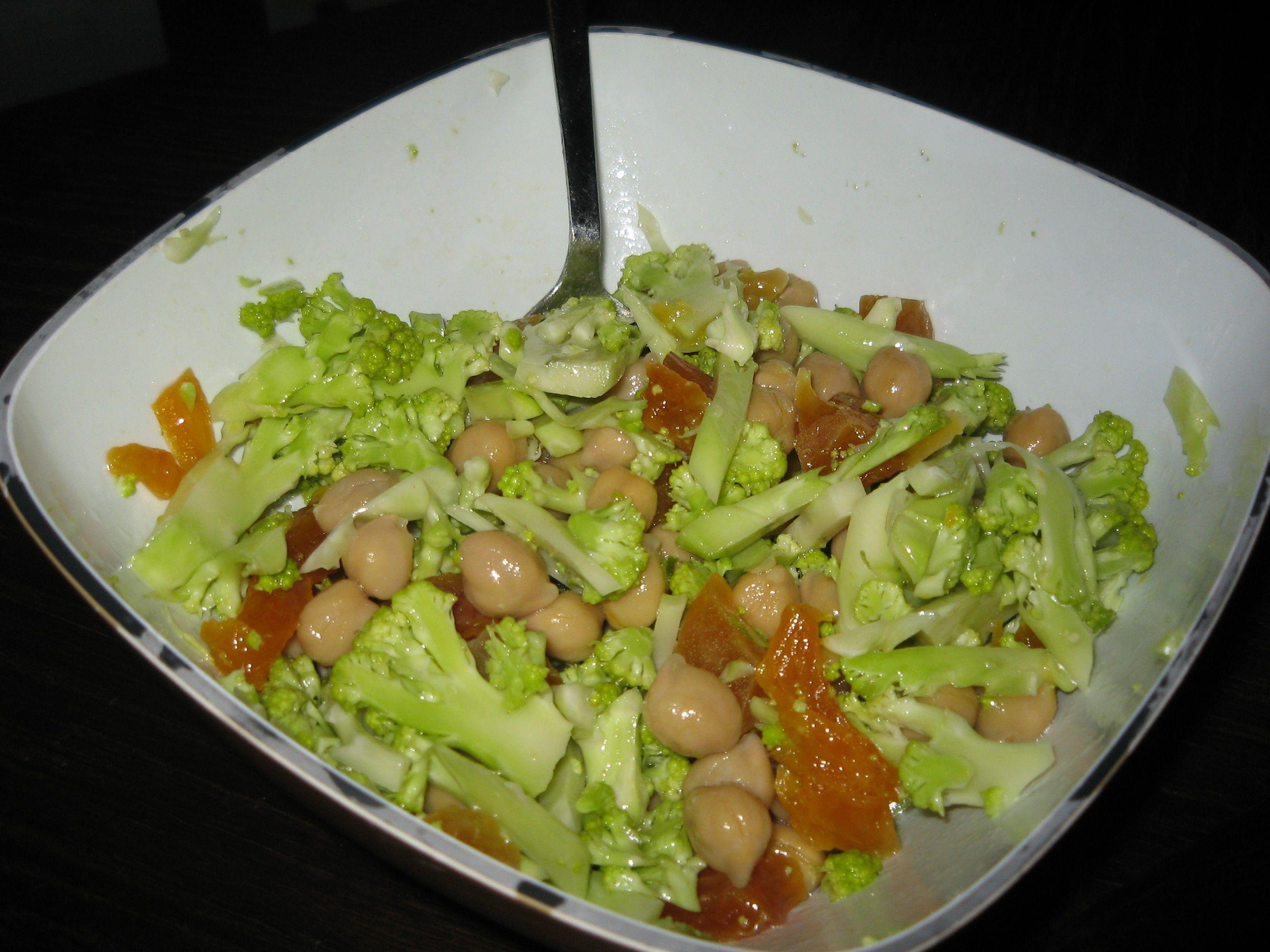 Blomkål-kikærte salat