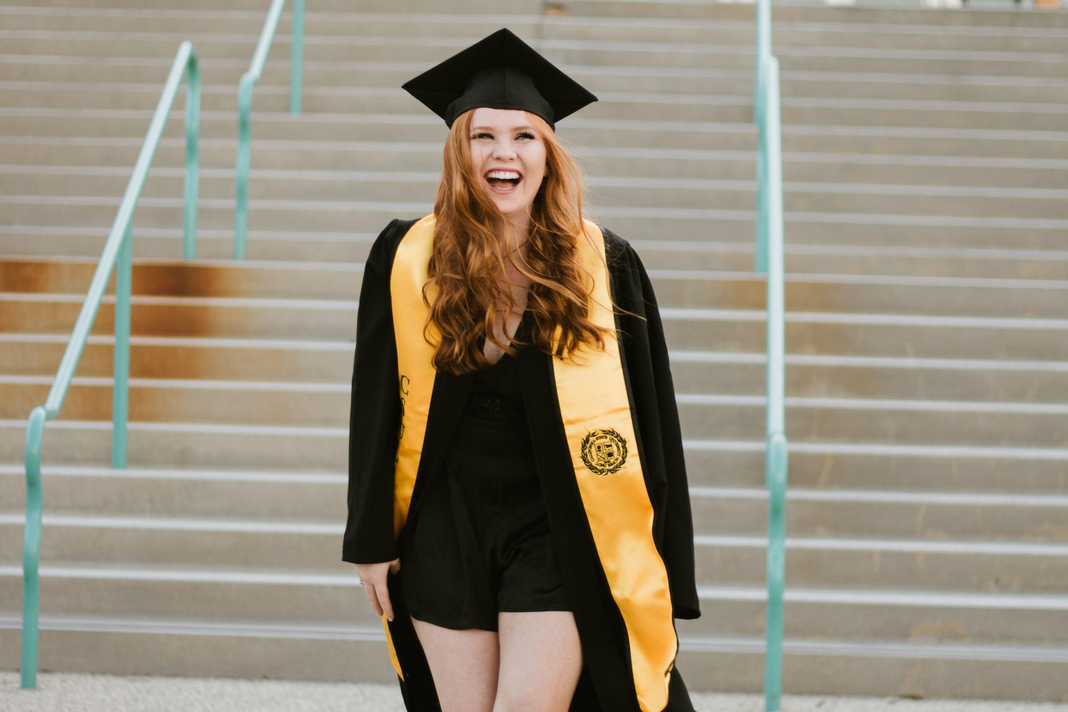 Senior Photos Grad Graduation Graduate Pictures Pics College Long