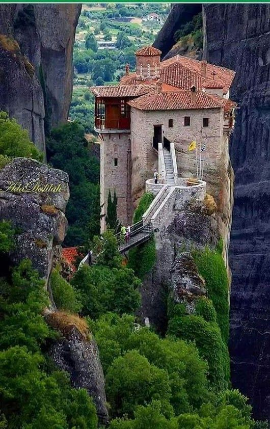 Meteora, Greece #traveltogreece