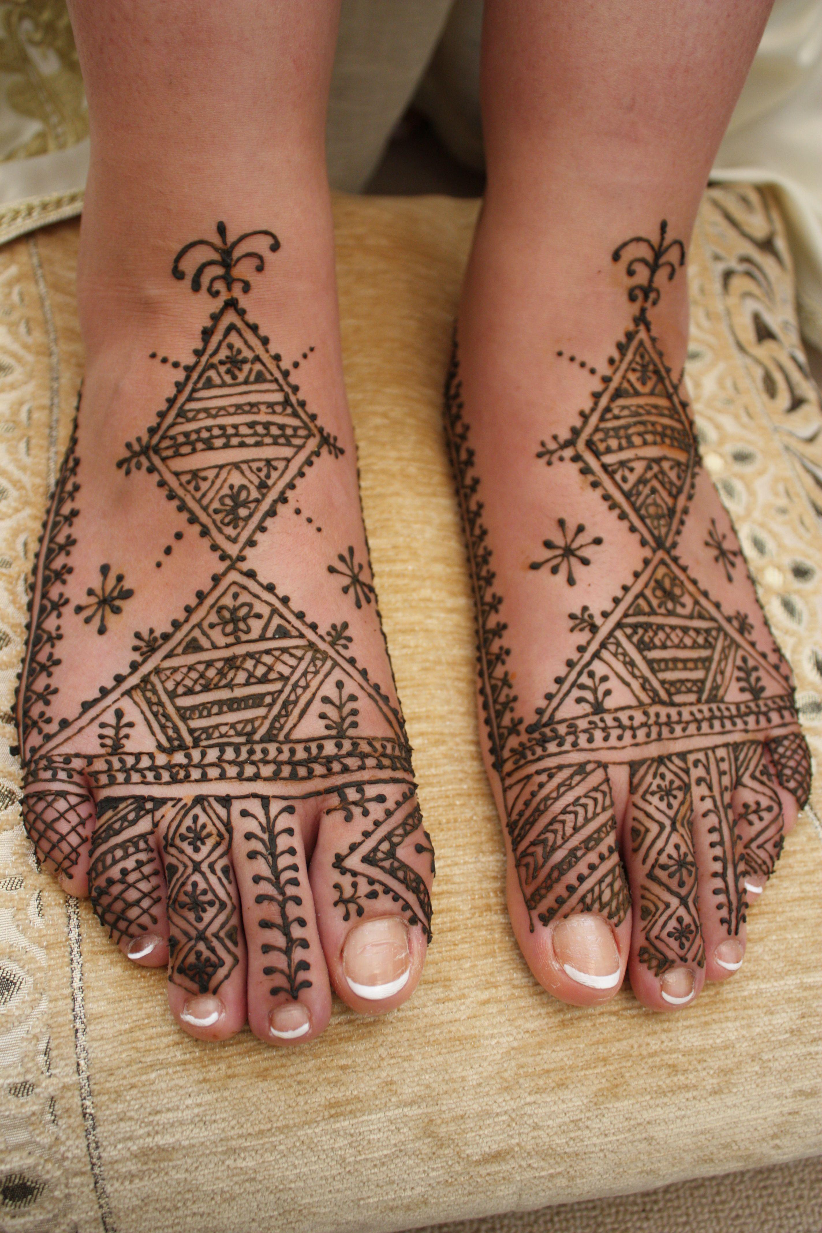 Fessia bridal henna feet design by wwwnayalinl