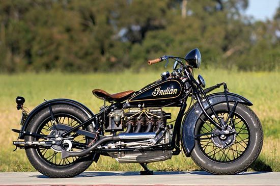 Four Cylinder Motorcycles Were A Top End Luxury In The 1920s And 30s And The Indian Four Was Bui Vintage Indian Motorcycles Indian Motorcycle Indian Motorbike