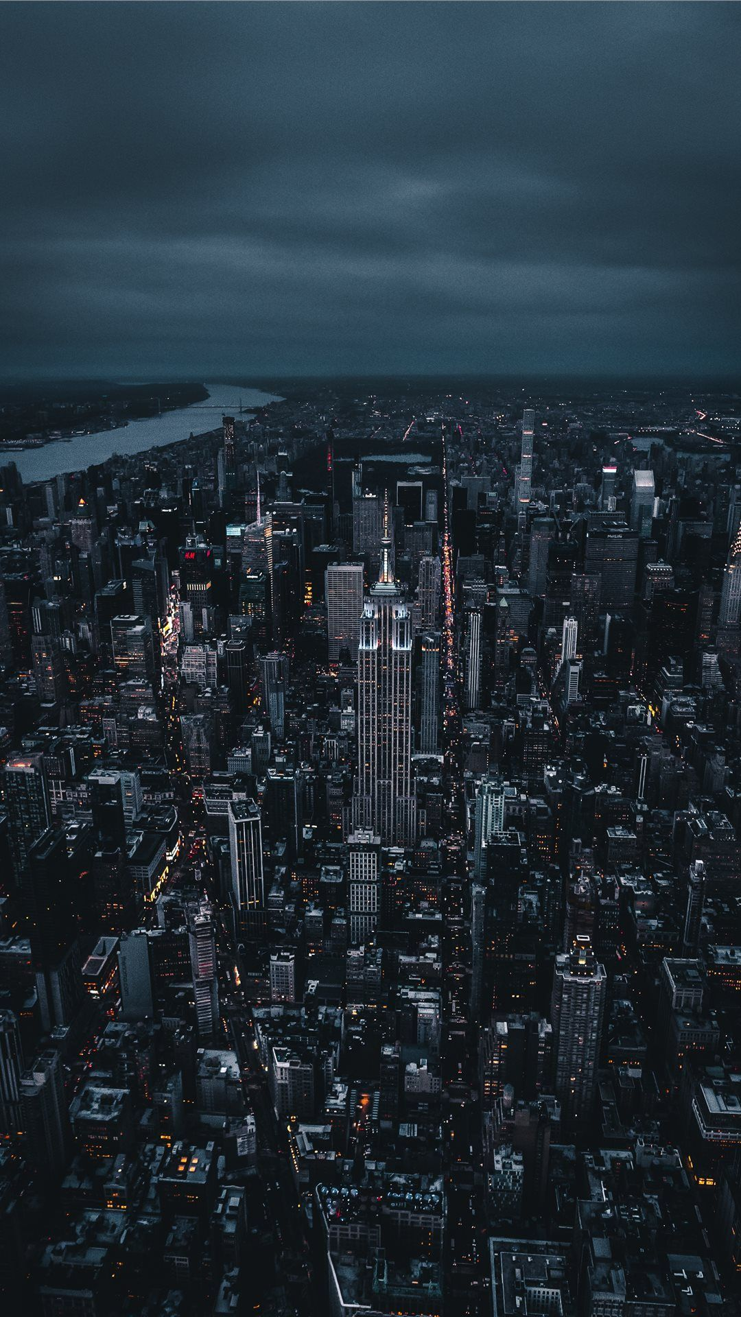 Empire State Building Iphone X Wallpaper Blackwallpaperiphone Empire State Building City Wallpaper New York Iphone Wallpaper Iphone Wallpaper Tumblr Aesthetic
