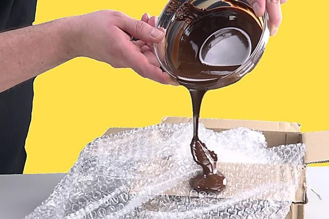 Photo of Tilt chocolate on bubble wrap: the result