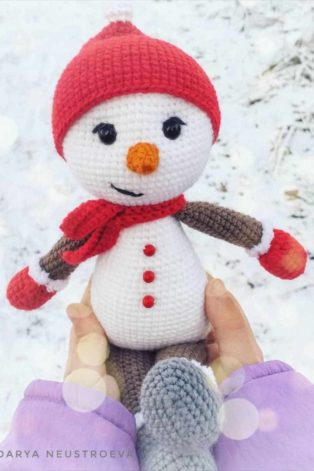 FREE amigurumi snowman pattern #bonecas