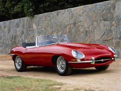 Red e-type jag
