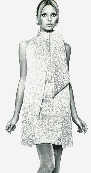 shimmery silvery coatdress vogue pattern 1967 1960er pinterest mode 60er und 50er. Black Bedroom Furniture Sets. Home Design Ideas