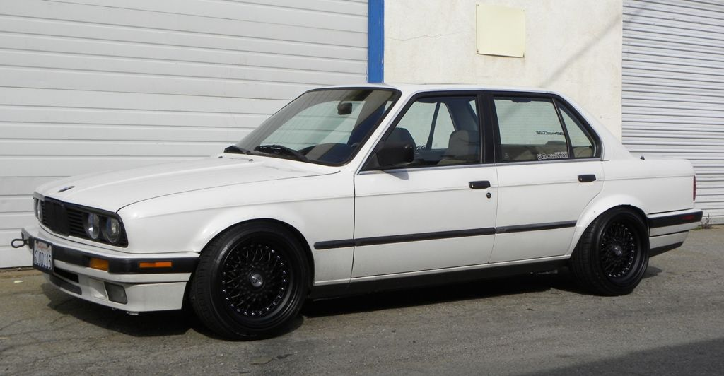 Esm 002r Now Available In 15x8 16x8 16x9 Same Old Huge Step Lip Bmw E30 Bmw Classic Cars Bmw 318i