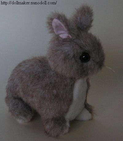 I\'ve already got 2 rabbit patterns... but this one is awefully cute ...