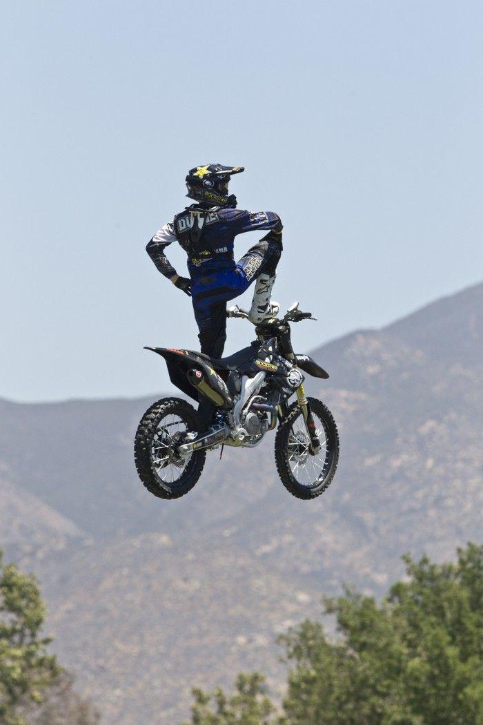 freestyle dirt bike riders
