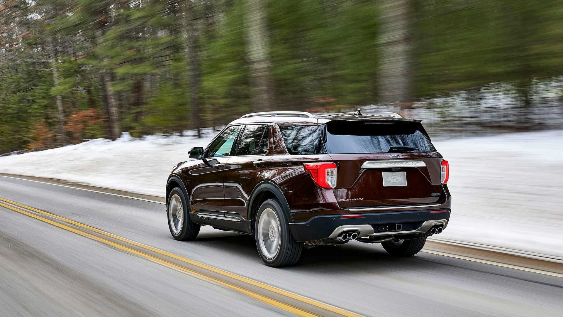 The All New 2020 Ford Explorer Returns To Form By Moving Onto A Rear Wheel Platform It Also Features More Powerful And Fuel Efficient Engines Mo Ford Explorer