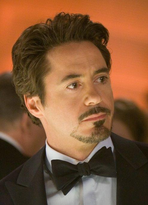Robert Downey Jr Tony Stark Iron Man Swept Up Hairstyle Jpg 494 685 Goatee Styles Goatee Beard Beard Styles For Men