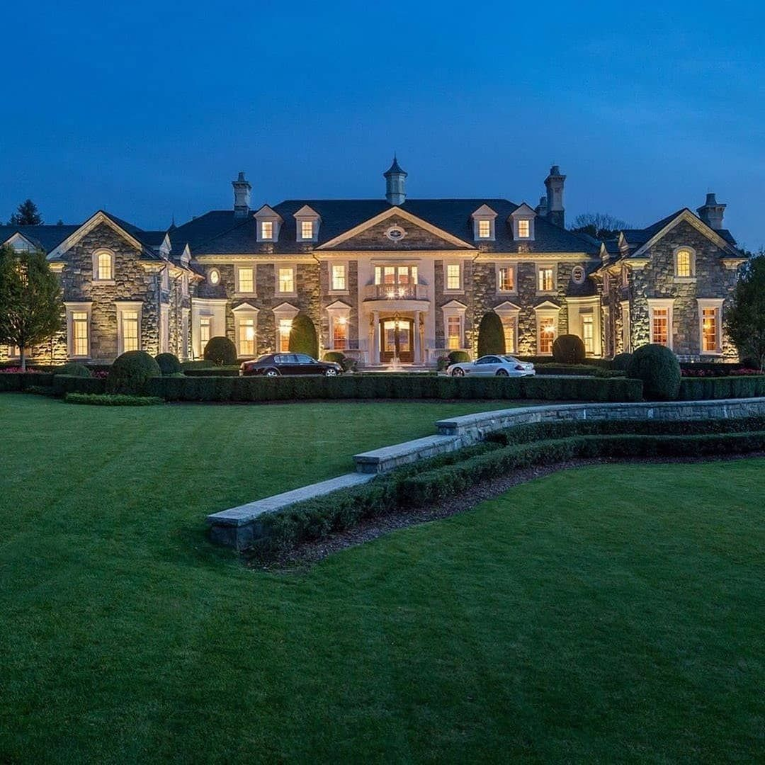 Billionaire lifestyle millionaire lifestyle luxury club
