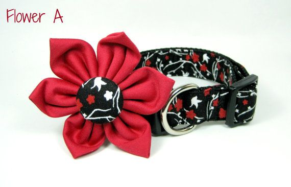 Black   Floral Print Dog Collar with Flower set  (Mini,X-Small,Small,Medium ,Large or X-Large Size)- Adjustable