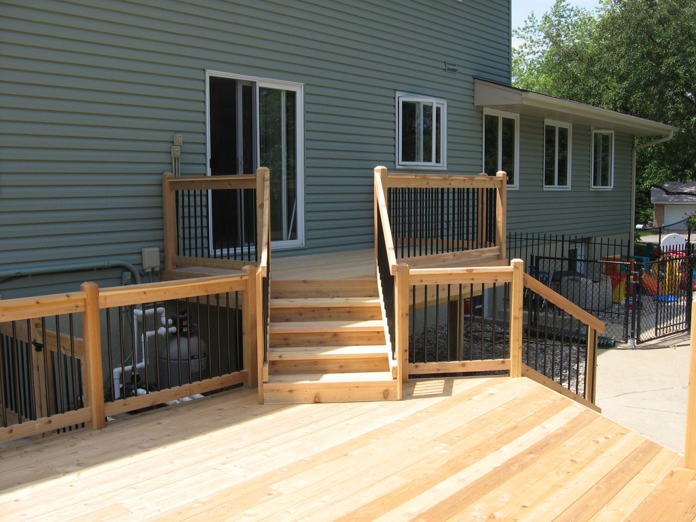 Modern home exterior design with stunning aluminum deck railing modern home exterior design with stunning aluminum deck railing excellent aluminum deck railing with wooden baanklon Images