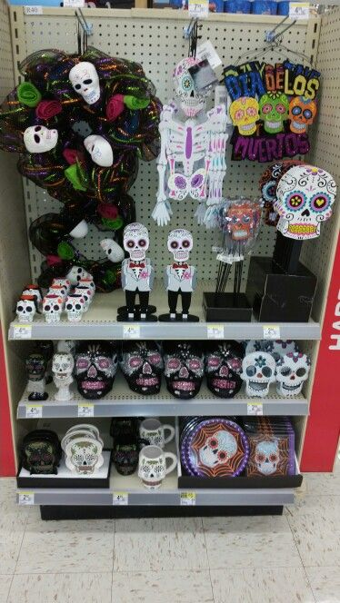 walgreens started bringing out day of the dead stuff for halloween - Walgreens Halloween Decorations