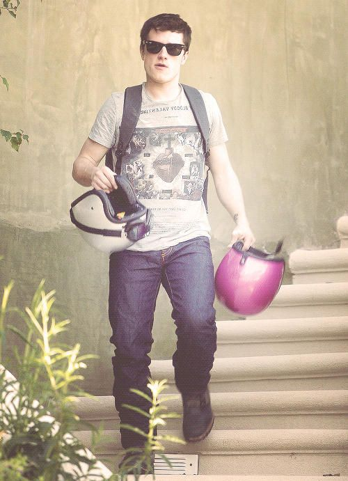 The pink helmet is for me. ♥