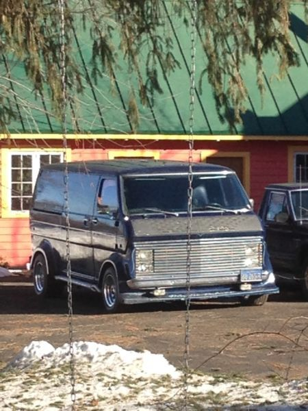 Custom 1973 Ford Econoline Van