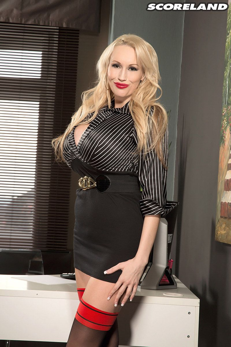 Sandra Star nude 45