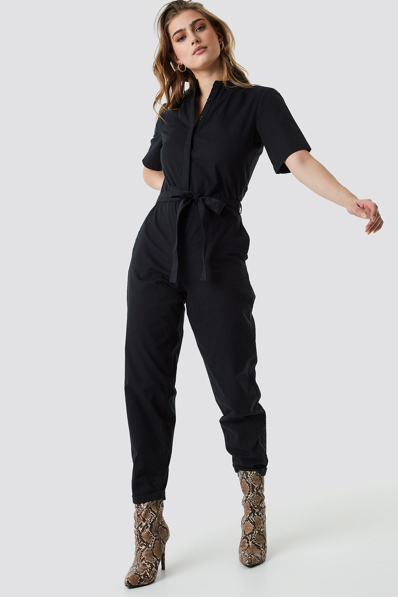 huge discount a9a01 ed2bb Short Sleeve Button Up Jumpsuit in 2019 | MONO-